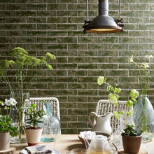 The botanical tropical leaf pattern of this Grandeco wallpaper, is ideally suited to an urban jungle kitchen.