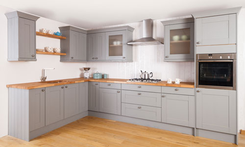 Our kitchens are traditional, contemporary and sleek. Visit our showroom to find out more.