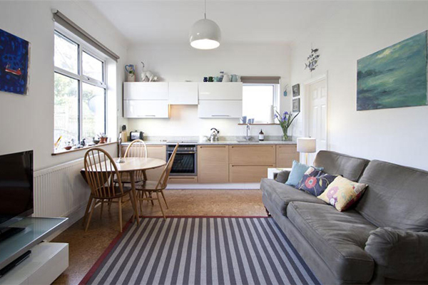 Well laid out Small open plan kitchen