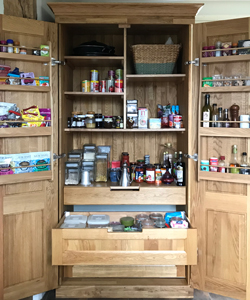 This bespoke larder has been made from the highest quality solid oak. The result is beautiful.