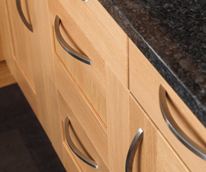 replace old handles with up-to-date kitchen cabinet handles.