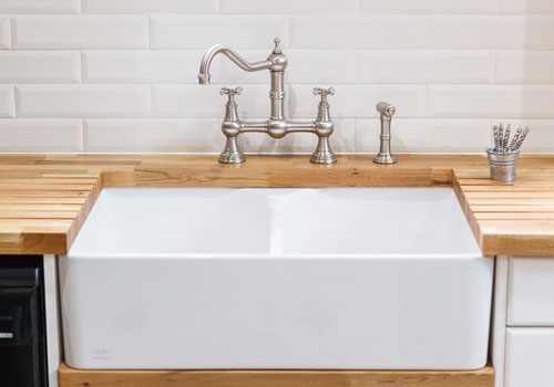 Ceramic Belfast sinks are more than just a practical feature, they are beautiful too.