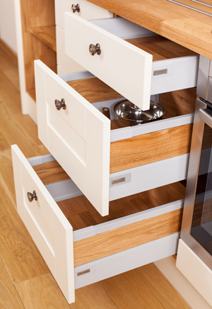 Blum Antaro Drawers with Oak Side Panels