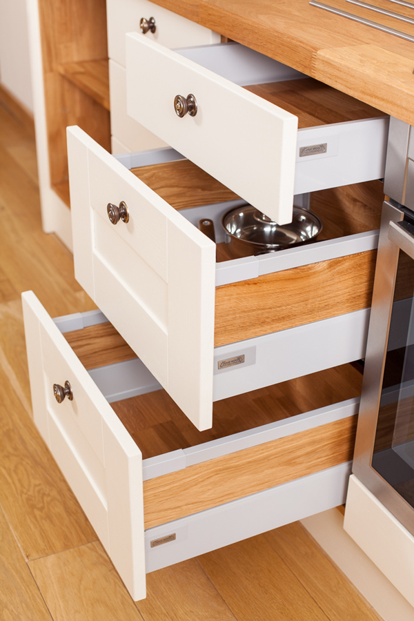 Introducing the new standard for solid oak kitchens blum for Solid wood kitchen cabinets