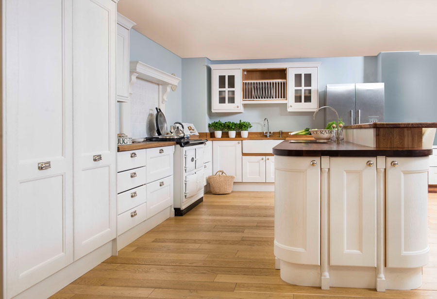 Creating a Transitional Kitchen with Solid Oak Cabinets ...