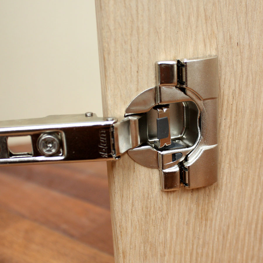 How To Choose And Install Cabinet Doors Solid Wood