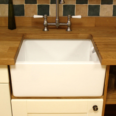 How to Choose Kitchen Sinks for Solid Oak Kitchens