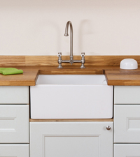 A Rangemaster Belfast Sink for Oak Kitchens.