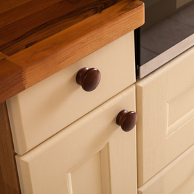 Our Solid Oak Drawer and Door fronts are available in two designs