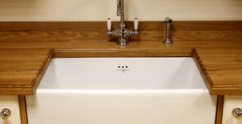 A ceramic Belfast sink