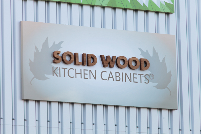 Start Planning Your Solid Oak Kitchen Cabinets For 2016