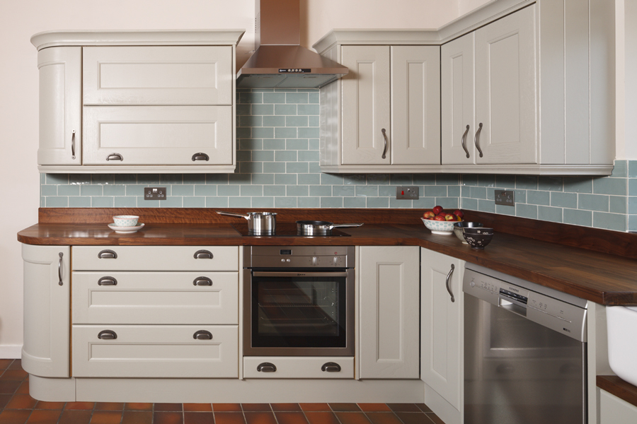Kitchen decorating ideas for solid oak kitchens part 2 for American walnut kitchen cabinets