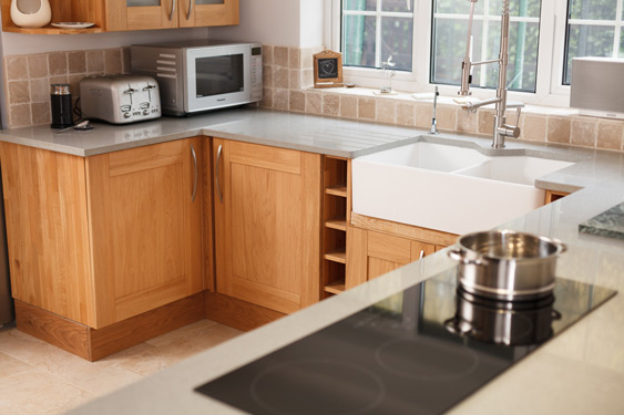 Our high-quality corner cabinets are available in a variety of widths