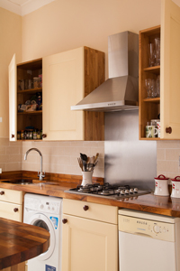 Hot to Install Appliances in Solid Wood Kitchens