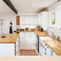 When it comes to solid oak kitchen cabinets and worktops it is worth doing some research before hiring your fitter.