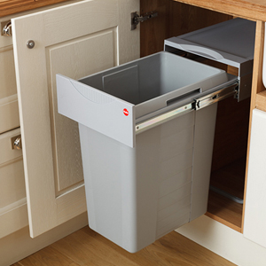 Our New Easy-Cargo Waste Bins are Ideal for Oak Kitchens