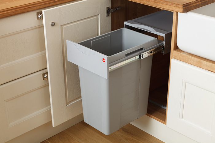 Our New Easy-Cargo Waste Bins are Ideal for Oak Kitchens | Solid ...