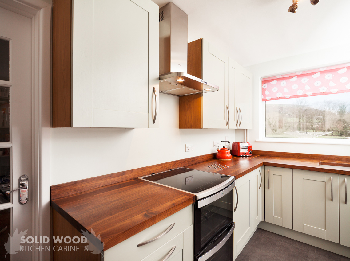 Amazing photo of Oak kitchen with Farrow & Ball Mizzle painted solid oak doors with #BA111A color and 1138x850 pixels