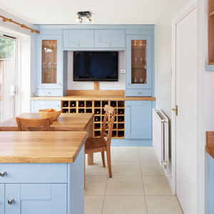 This open kitchen and dining space is perfect for keeping your family close whilst you are cooking