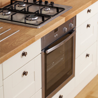 It's easy to include inbuilt appliances such as ovens, washing machines or dishwashers into our solid wood kitchens.
