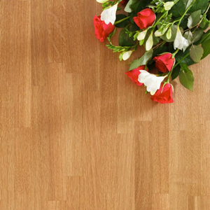 Prime Oak worktops are made from staves that are selected for their uniform colour and even grain patterns.