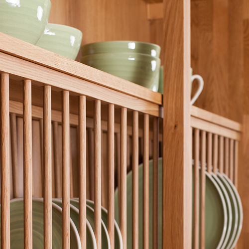 Solid oak plate rack with solid wood shelf