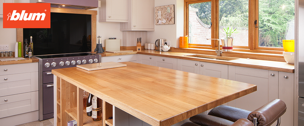 Exceptional quality, 100% solid oak products, with only the best BLUM fittings included as standard