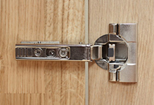Choosing hinges for replacement kitchen cabinet doors