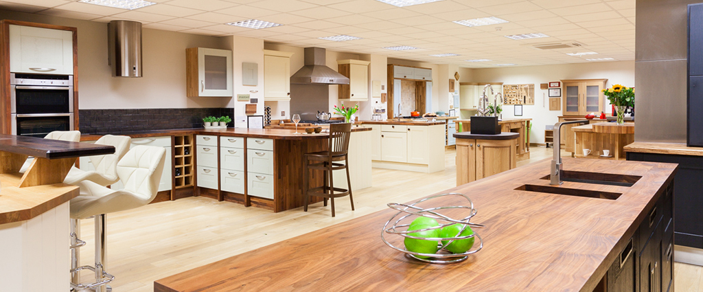 Superb solid oak kitchen sets on display at our showrooms across the UK: come and see for yourself!