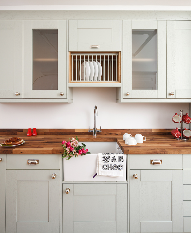 Farrow And Ball Kitchen Cabinets: How To Style Shabby Chic Kitchens For 2017