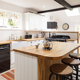 Styling Solid Wood Kitchens