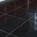 Glazed tiling is resistant to water and stains, and makes it easy to identify and eliminate dirt