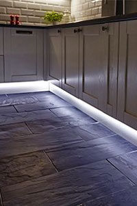 This under cabinet lighting is a fantastic way to change the atmosphere in your kitchen and can be done for a relatively low cost